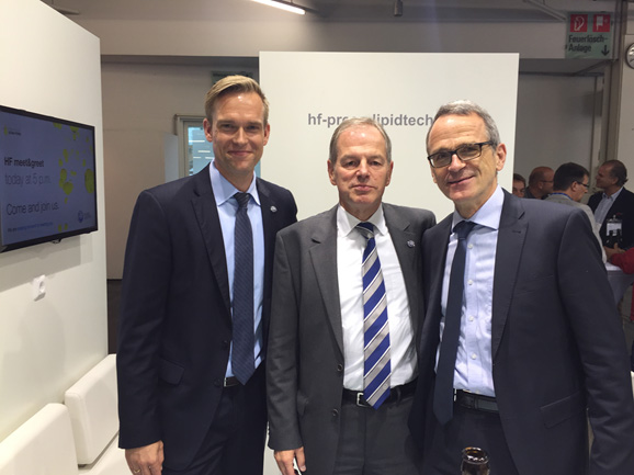 Industry professionals met at the HF stand, Jan Ikels (Director HF Press+LipidTech ), Günter Simon (Managing Director), and Thomas Mielke (ISTA Mielke GmbH, Oil World, Hamburg) at oils+fats 2015 (from left to right von links nach rechts).